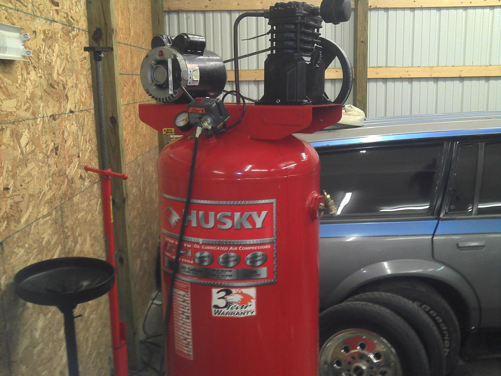 Husky+60+Gallon+Air+Compressor have a 60 gallon Husky compressor 240