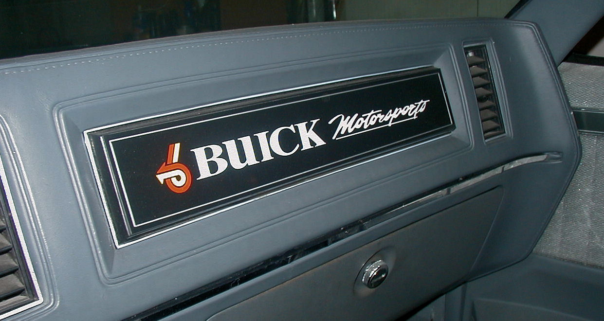 Buick Grand National Street Rod-dash1.jpg